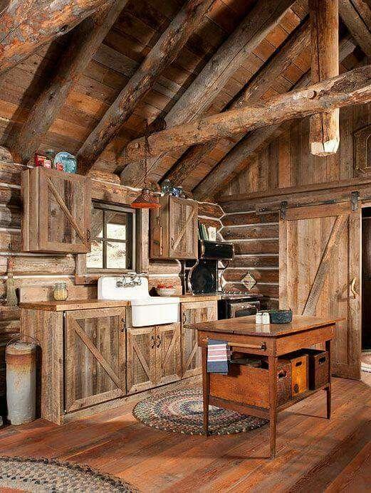 pin von renata koppe auf country house pinterest holz holzh uschen und rustikal. Black Bedroom Furniture Sets. Home Design Ideas