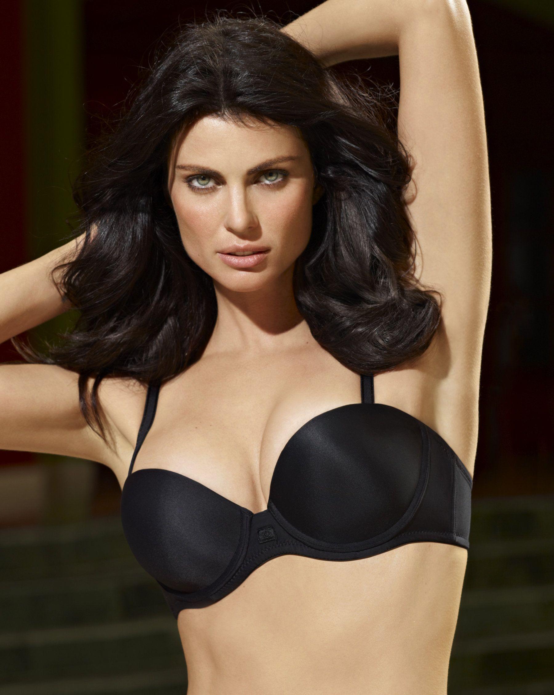 Fabiana Tambosi BRA nude (41 foto and video), Tits, Cleavage, Twitter, panties 2020