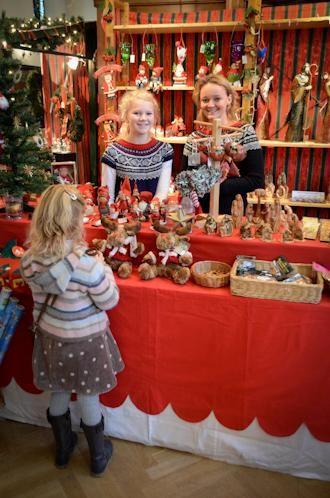 Scandinavian Christmas Market Paperblog Christmas Stall Ideas Christmas Market Scandinavian Christmas