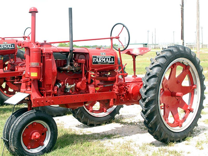 This Was Much Like Dads 1938 F 14 Farmall That Was Used
