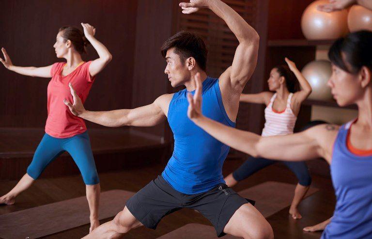 10 Dinge, die du beim Yoga Training nicht vergessen solltest