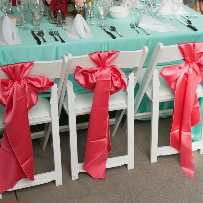 Red And Tiffany Blue Wedding Ideas: Tables In Shades Of Tiffany Blue And Coral Pink