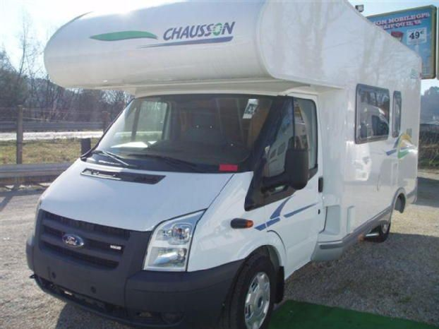 camping car chausson flash s3 capucine porteur ford transit ann e mod le 2008 kilom trage. Black Bedroom Furniture Sets. Home Design Ideas