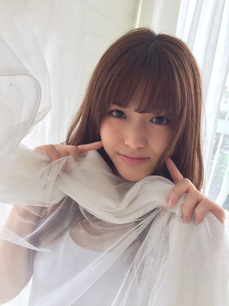 洋服が素敵な松村沙友理さん