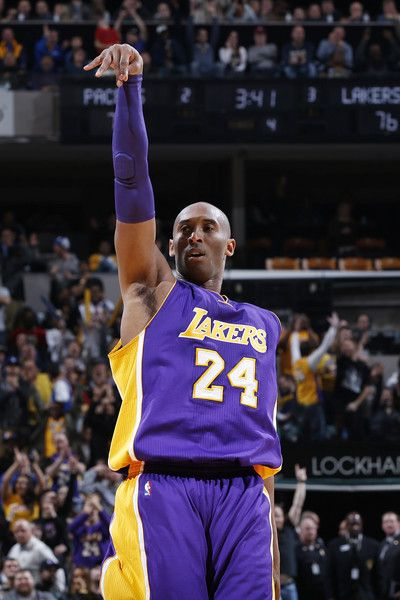 Kobe Bryant - Kobe Bryant Photos - Los Angeles Lakers v Cleveland Cavaliers - Zimbio