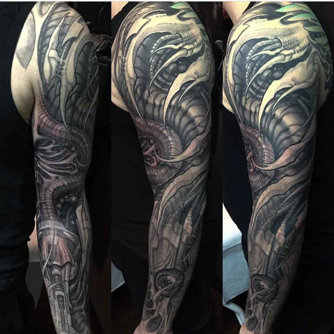biomechanical arm tattoo cool shit man pinterest arm tattoo arms and tattoo. Black Bedroom Furniture Sets. Home Design Ideas