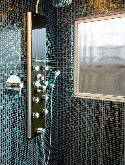 Piastrelle mosaico in bagno  costal beach  Mosaic shower