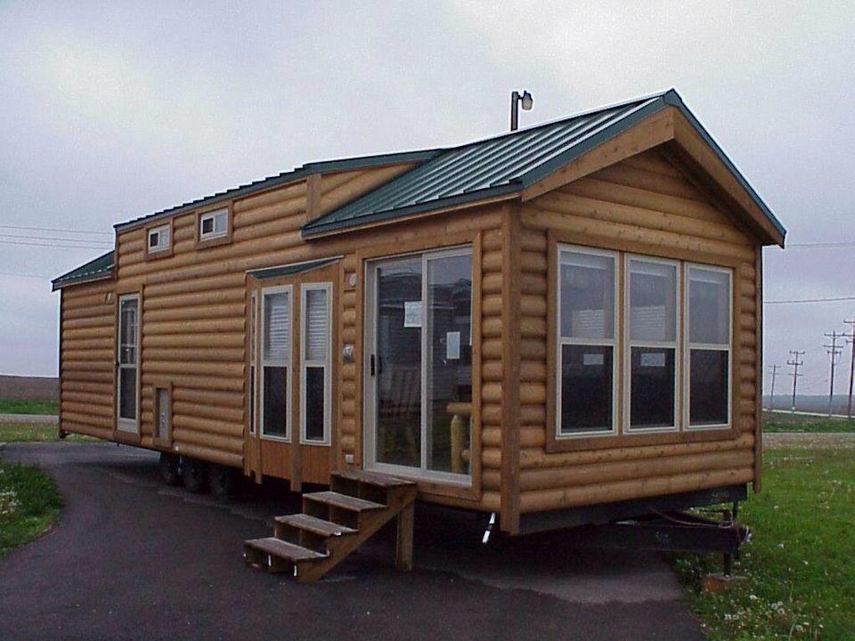 Incroyable Log Cabin Camper!