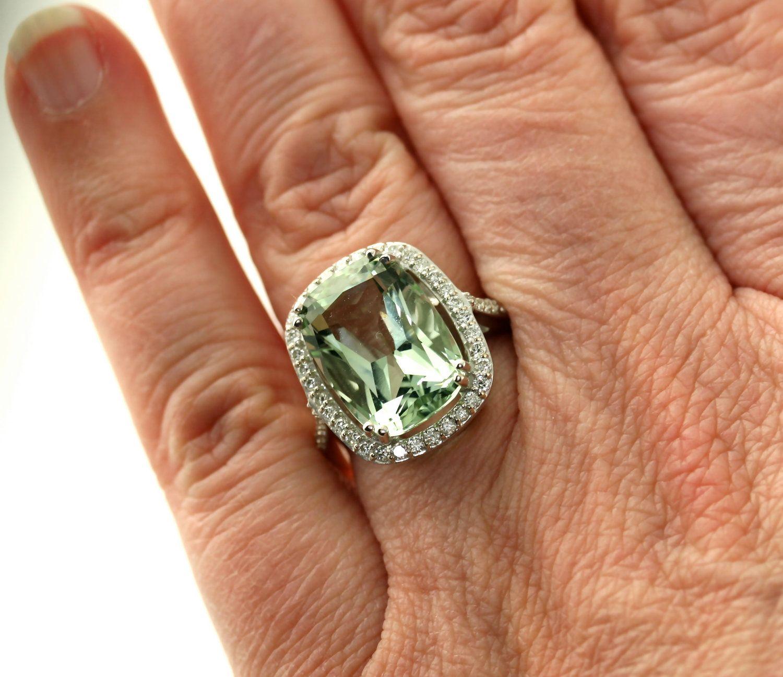 Ladies 14K Gold February Birthstone Oval Shape 1.82ct Amethyst Gemstone Ring