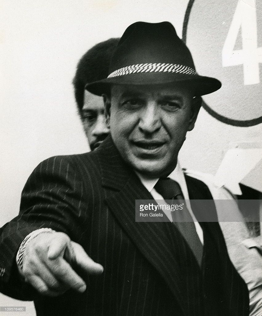 actor-telly-savalas-sighted-on-location-filming-kojak-on-march-18-at-picture-id139576460 (851×1024)