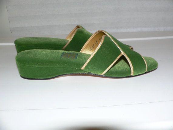 Daniel green slippers, Green velvet