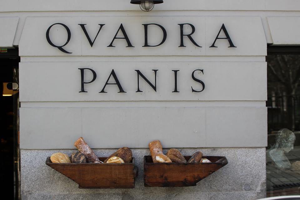 Panadería en la Pza. de Oriente de Madrid (C. de Lepanto)