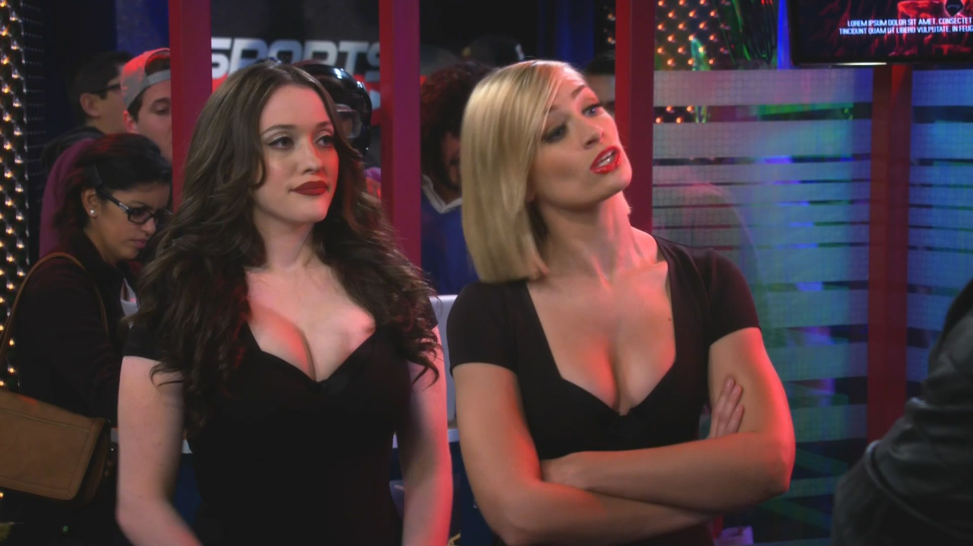 Two Broke Girls Hot