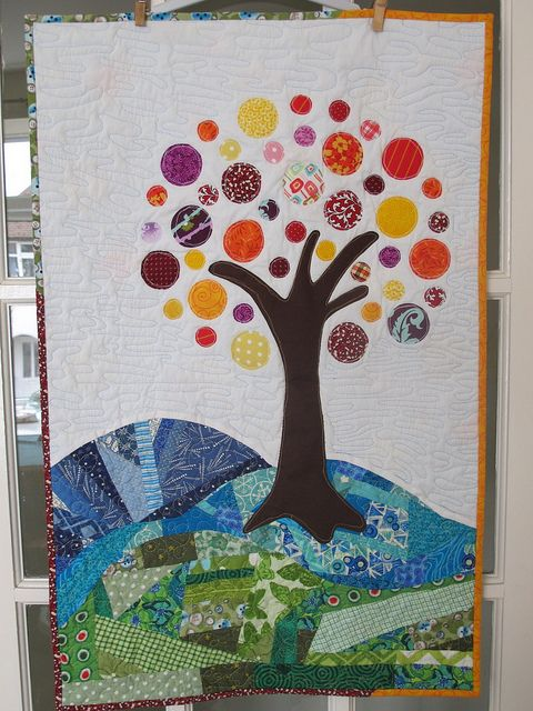 Tree Of Life Family Tree Quilt Fiber Art Quilts Circle
