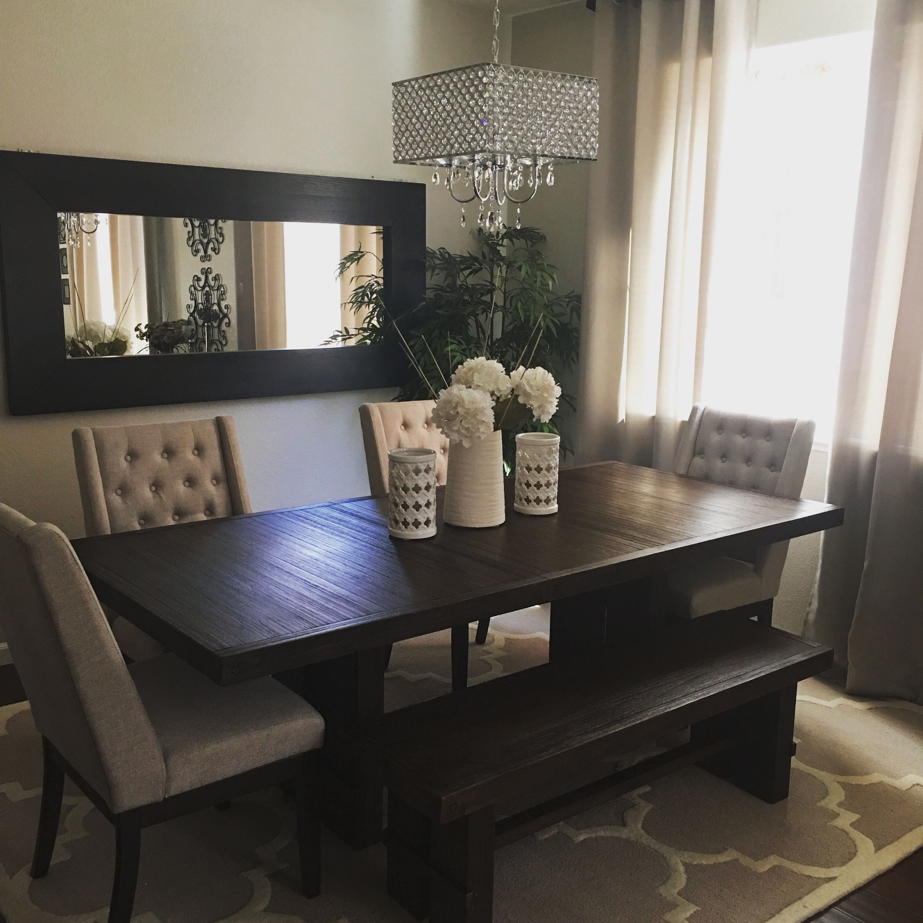 30 Wonderful Dining Table Set Up Ideas For Enjoy Your Dinner