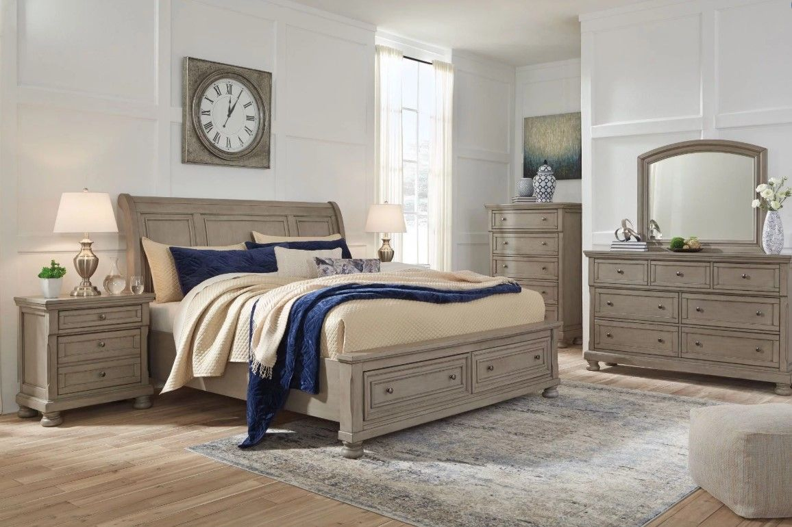 Lettner Light Gray Sleigh Bedroom Set In 2020 Bedroom Furniture