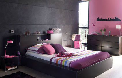 Décoration chambre parentale harmonie de gris rose et prune ...