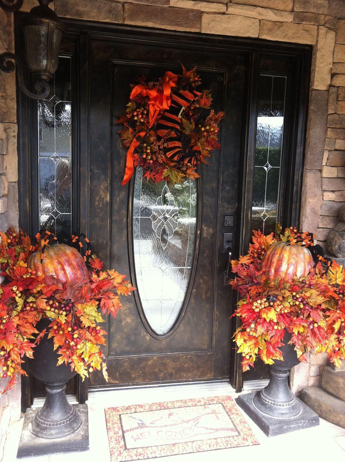 Pin by Chellie Hailes on Autumn Splendor Pinterest Fall decor - halloween front door decor