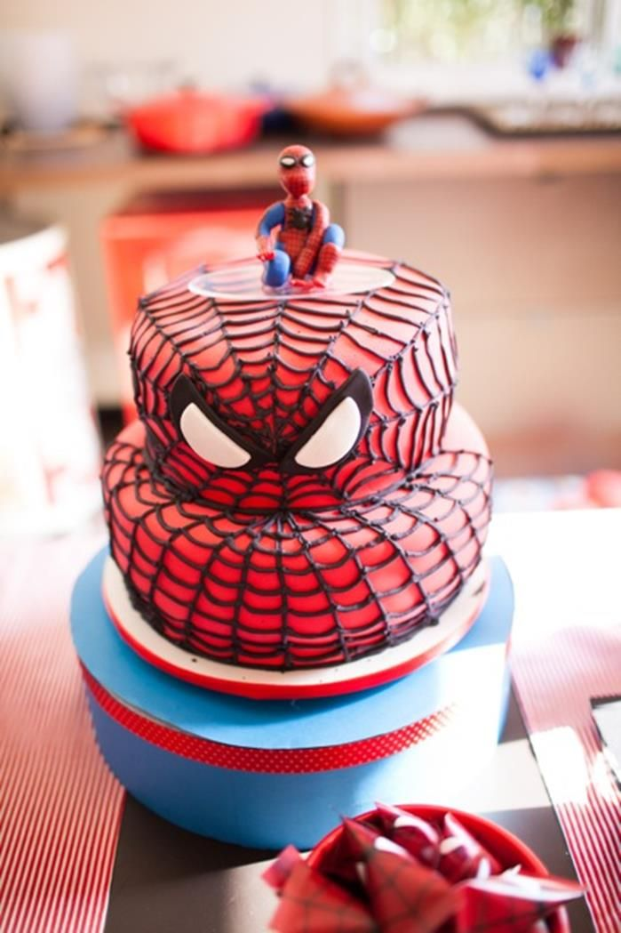 Spiderman party planning ideas supplies idea cake for Spiderman decorations