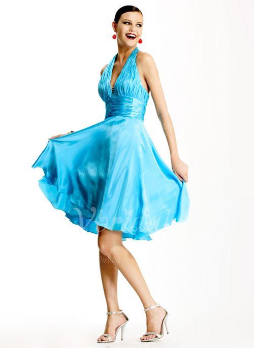 Blaues kleid tragerlos