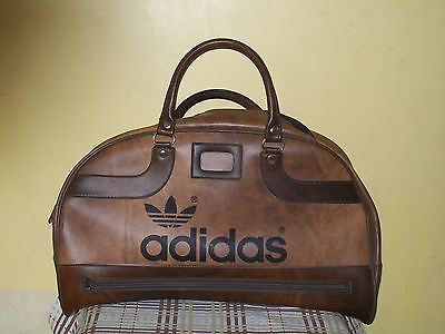 Vintage Retro 1970s Brown ADIDAS Peter Black Sports Bag Holdall Superb  Condition 774d21c76e07a