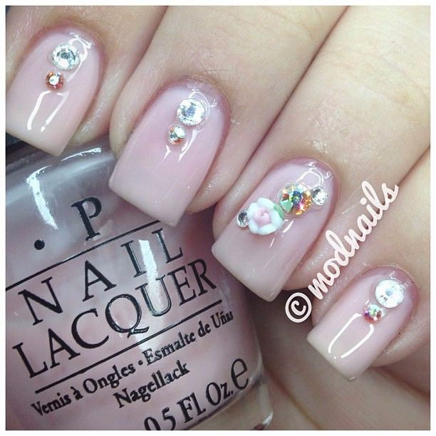 Swarovski 3D nail art rhinestones and roses from Japan @modnails ...