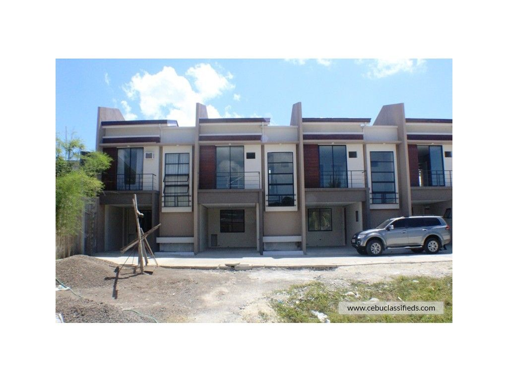 3 Bedroom Townhouse For Sale In Talisay Cebu Cebuclassifieds With Images Real Estate Houses Townhouse Renting A House