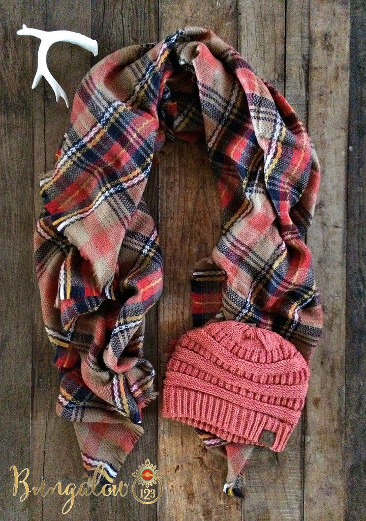 7f8ac0778139 This gorgeous blanket scarf is made up of Camel