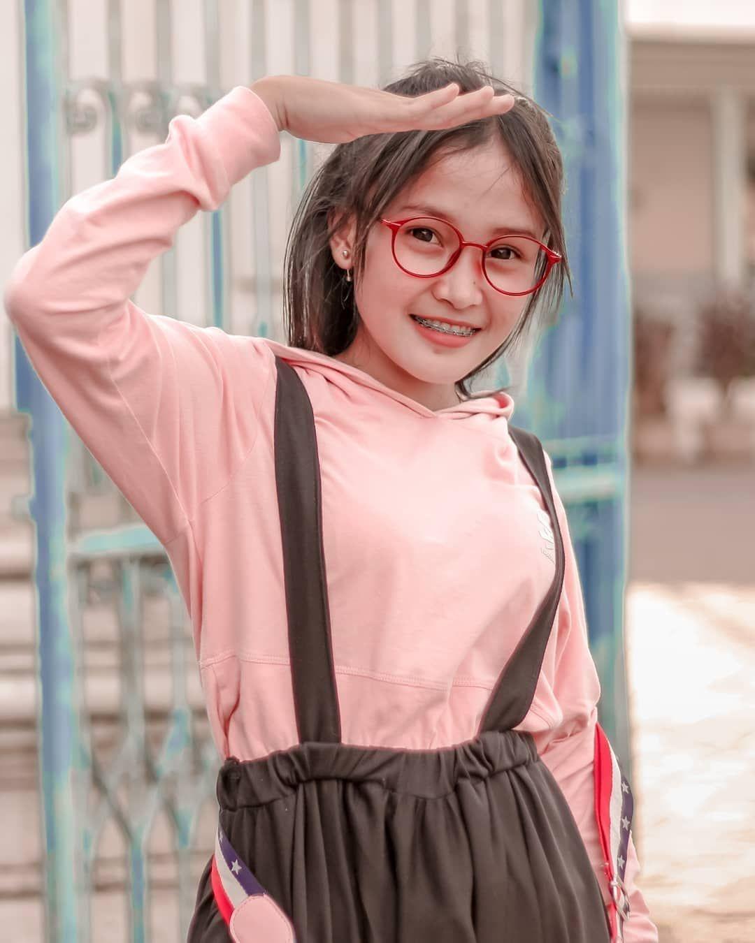 Agen Resmi Sbobet I1bet88 Ibcbet Dan Cbet Link Website Www Dewabo365 Net New Member 10 Next Deposit 5 Cashback 5 Gadis Cantik Gadis Cantik Asia Gambar