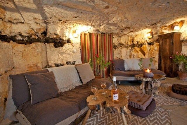 Maison Troglodyte Dans Le Centre De La France Vacances