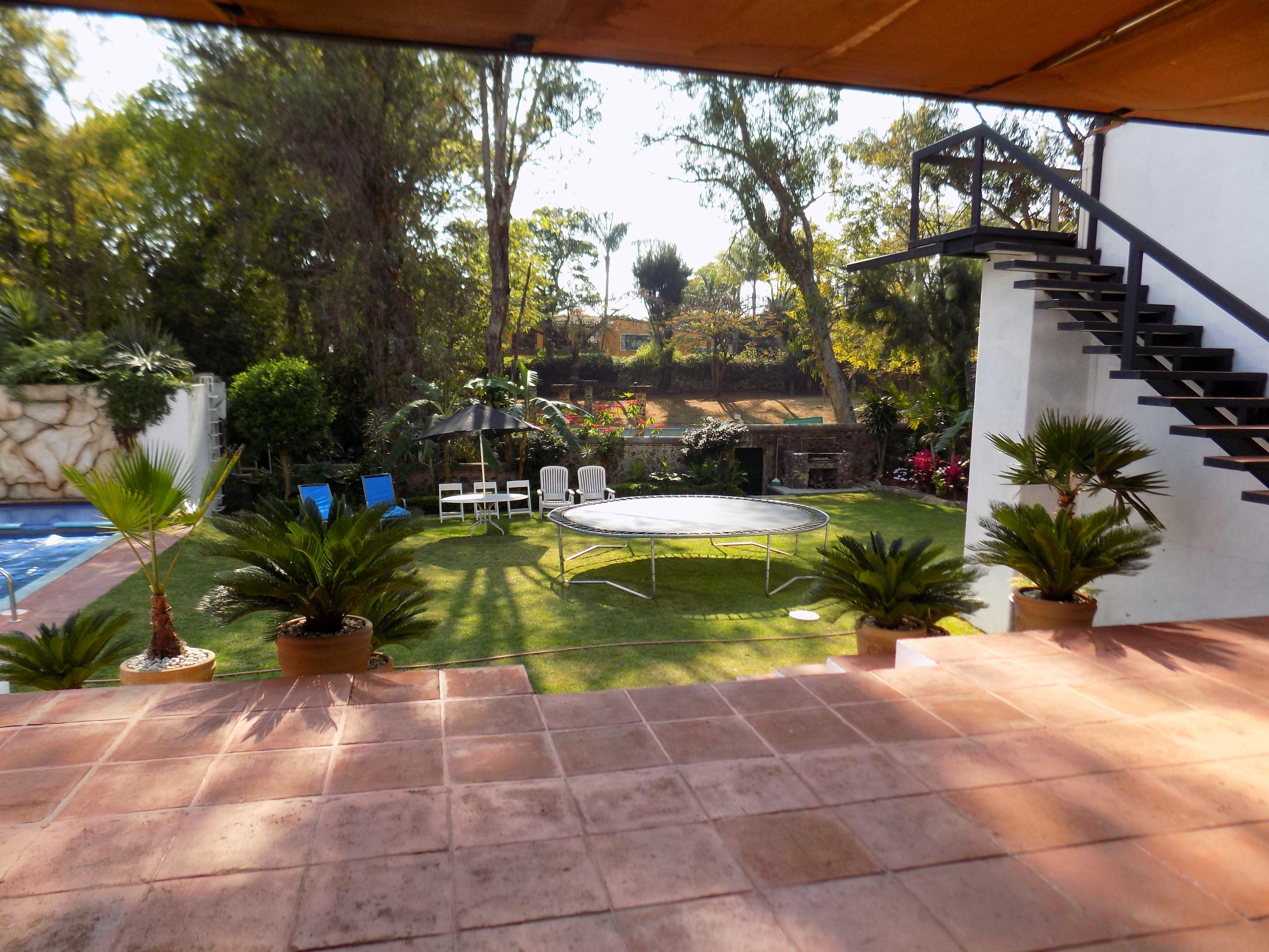 Pin en Renta de Casa de fin de semana en Cuernavaca