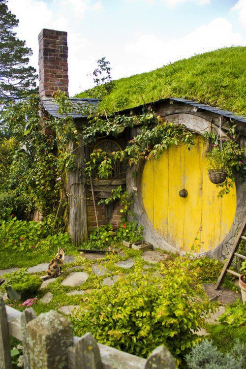 Hobbit House Possible With Cob Or Papercrete Construction Called