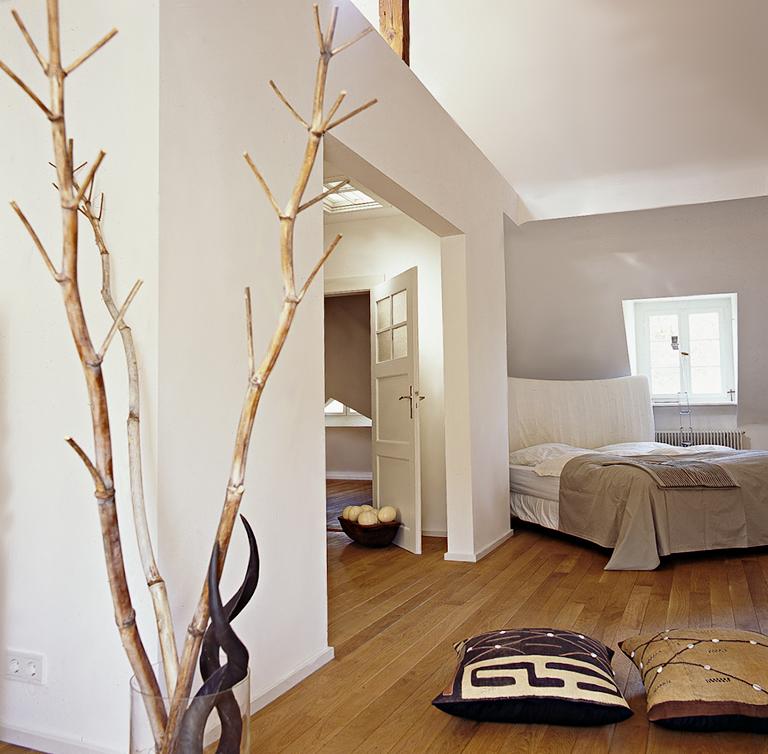 Graue Wände Wohnzimmer: Nachher: Farbkonzept Aus Grau, Braun Und Weiß