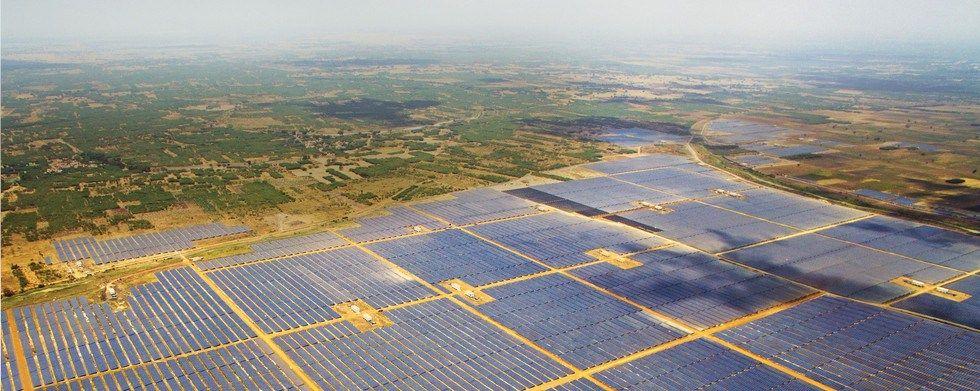 Solar Power Plant World S Largest Goes Online Solar Power Plant Solar Renewable Energy