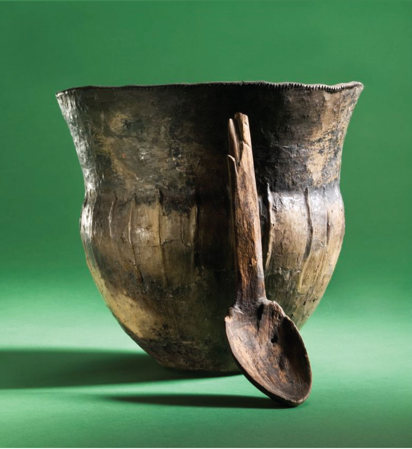 A 6 000 Year Old Cooking Pot And Wooden Spoon Recovered From The Amose Bog In Zealand Denmark 1600x1800 Ancient