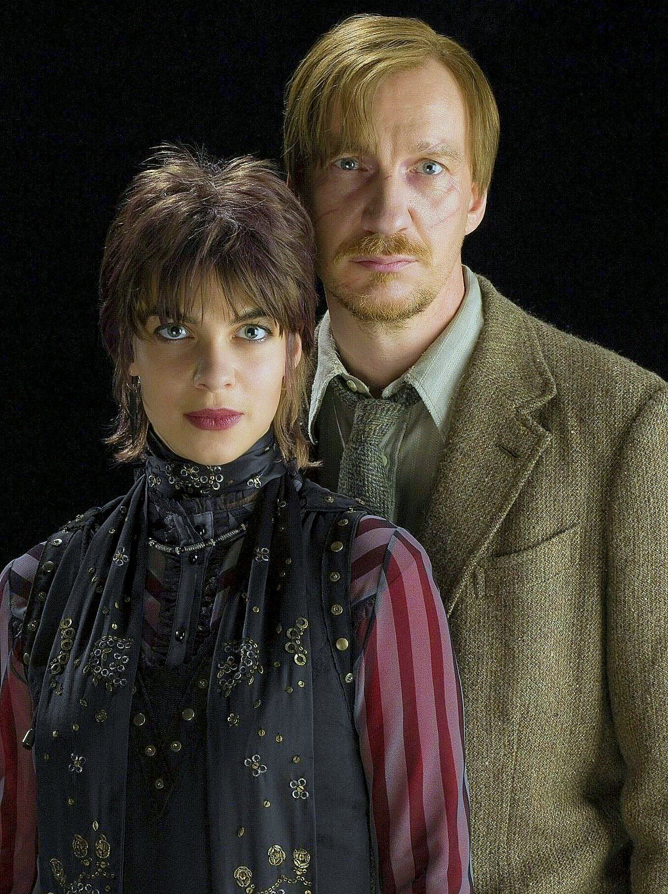 Nymphadora Tonks Remus Lupin I Wish My Husband Was Into Dressing Up Cause This Would Make An Awesome Couples Costume Remus Lupin Paar Kostume Heute Leben