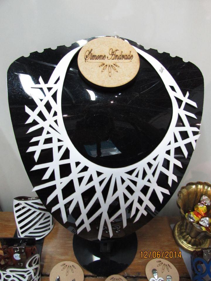 Colar pontas branco !!! Um luxo!!!! By Simone Andrade em @unicaacessoriofemininos