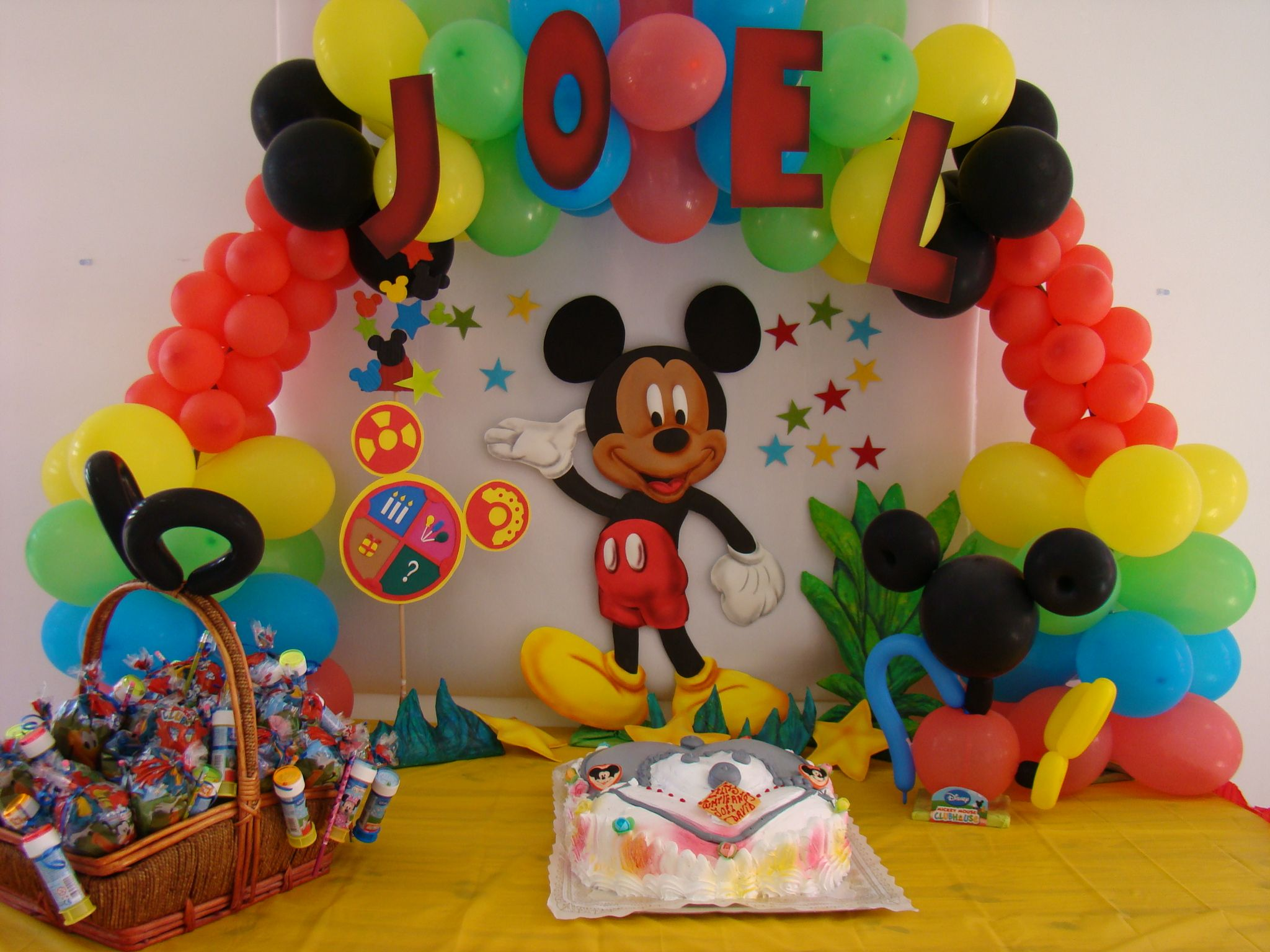 Decoraci n tem tica mickey mouse fiestisima ideas - Fiesta tematica mickey mouse ...
