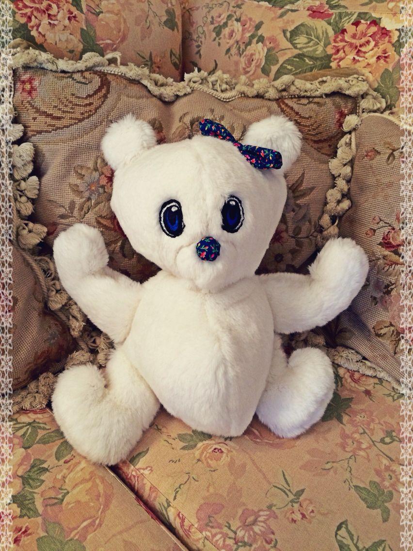 DIY Cute Teddy Bear (Pattern: https://s-media-cache-ak0.pinimg.com/236x/60/e2/a0/60e2a02aee58ef2721baa2d06f4fd1f8.jpg)