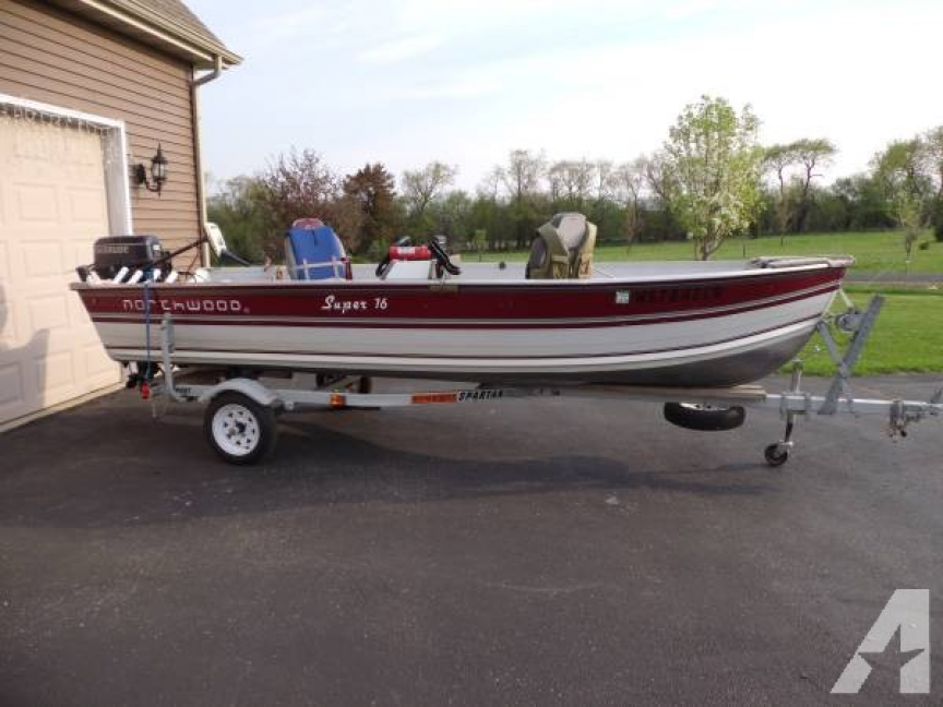 16 foot aluminum fishing boat - for Sale in Wales, Wisconsin