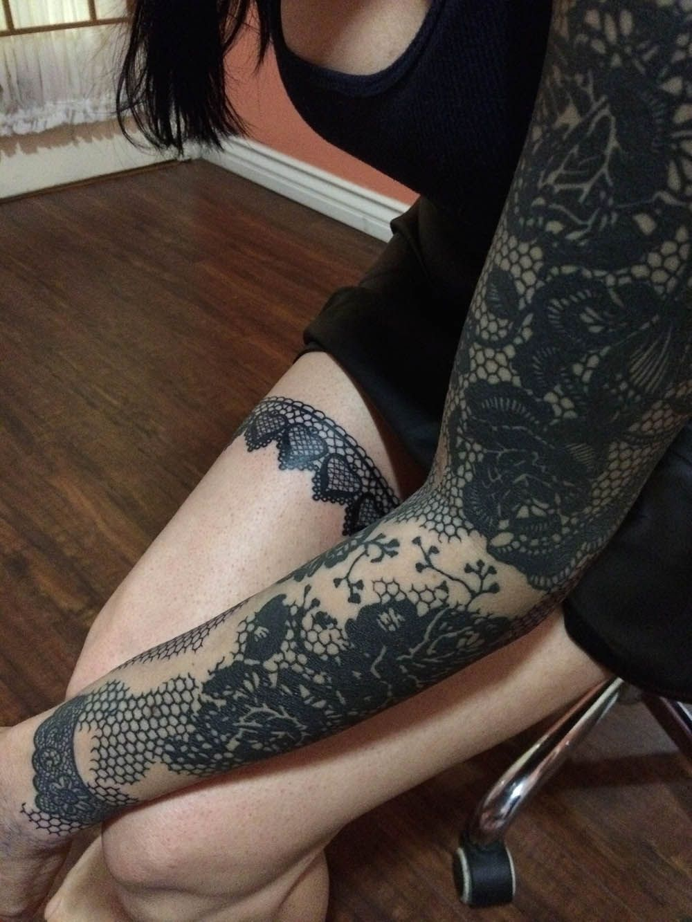 Love the thigh tat by zoey taylor of warren tattoo in for Taylor st tattoo