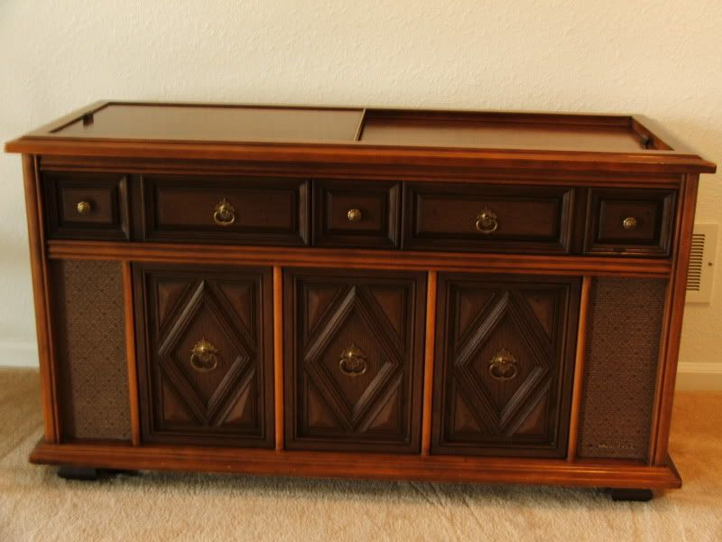 Vintage Console Stereos 52