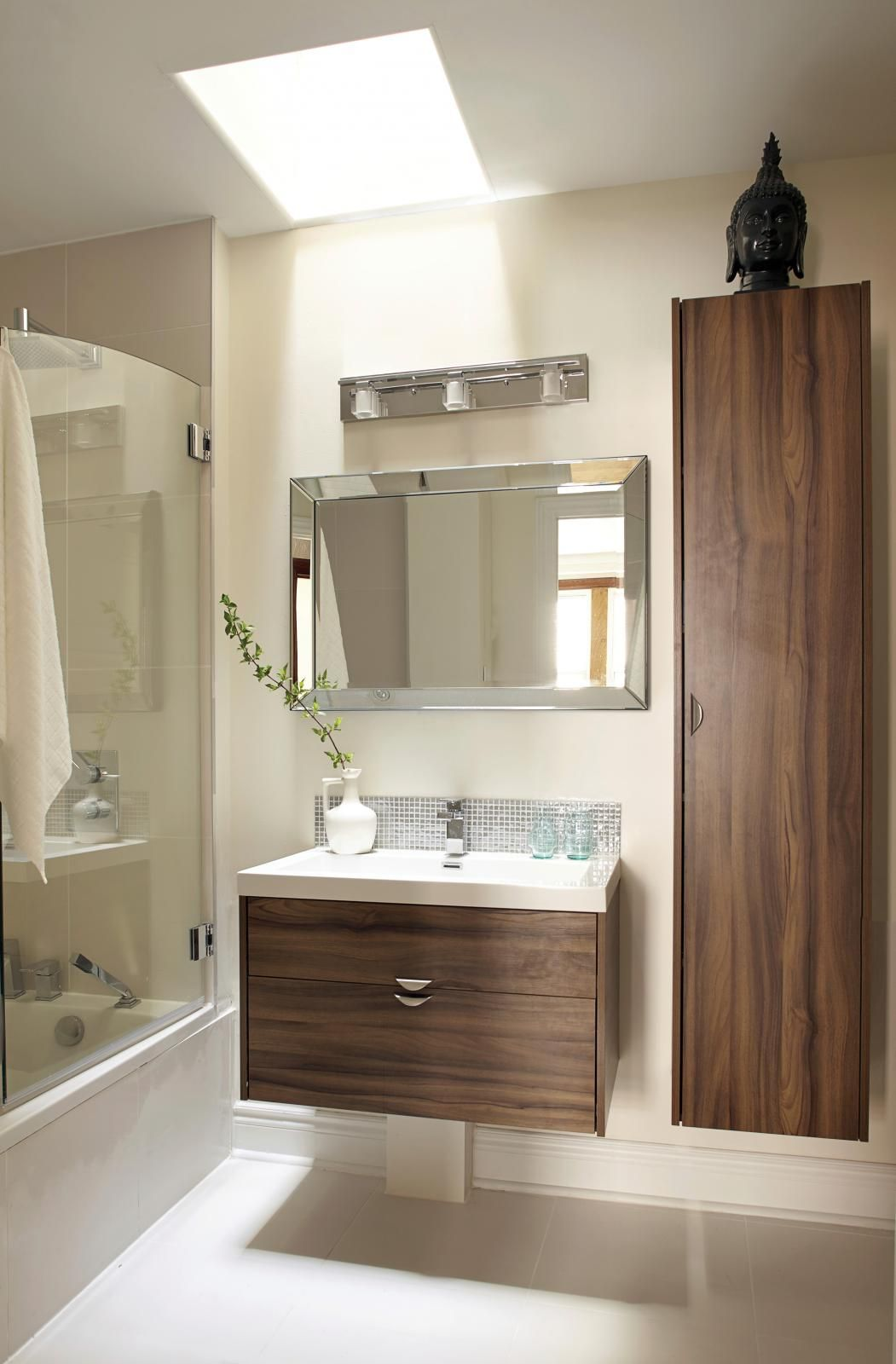 Condo: Effet de lumière  Salle de bain éclairage en 18  Salle