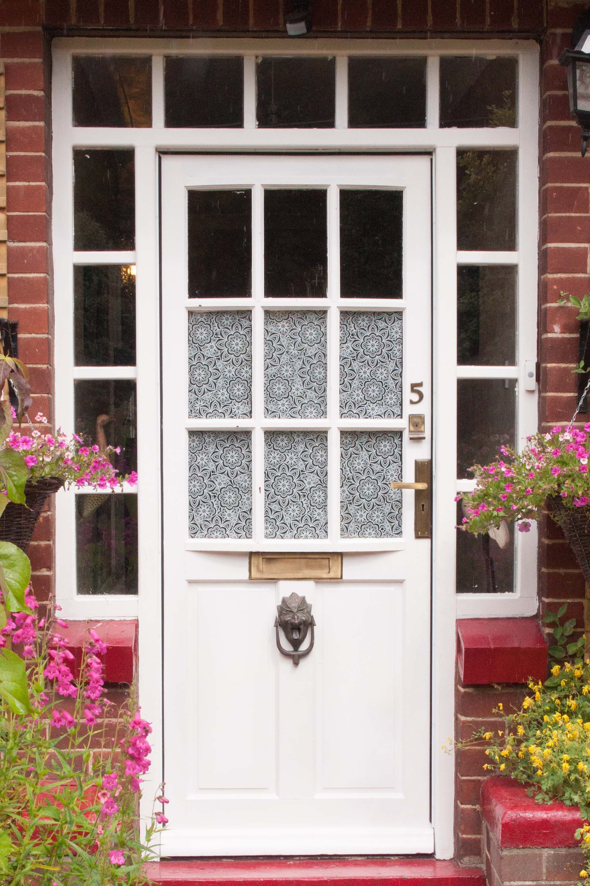 Charmant Cover Panes Of Your Front Door To Add A Little Privacy Or Simply For  Decoration. Our Collection Of D C Fix® Self Adhesive And Static Cling Window  Films Is ...