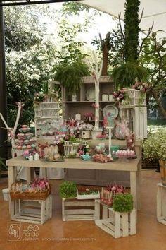 Ideas de como decorar tu mesa de postres para fiesta de xv for Como decorar una mesa