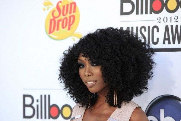 love this hair! would be great as a sew-in. brandy....Look delle star ai Billboard Music Awards 2012