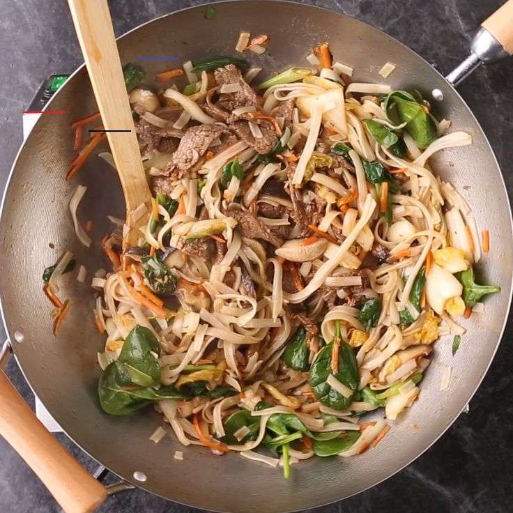 Korean-Style Steak and Noodles with Kimchi An Asian-inspired noodle bowl recipe is the perfect healthy take on comfort food. This hearty dish is loaded with nutrition for under 350 calories. #recipes #recipeideas #dinnerrecipes #dinnerideas #familydinner #asianrecipes #noodlerecipes #asiannoodles #bhg<br> An Asian-inspired noodle bowl recipe is the perfect healthy take on comfort food. This hearty dish is loaded with nutrition for under 350 calories.