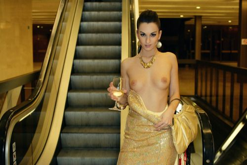 Necessary Elevator nude amateur pics speaking, obvious