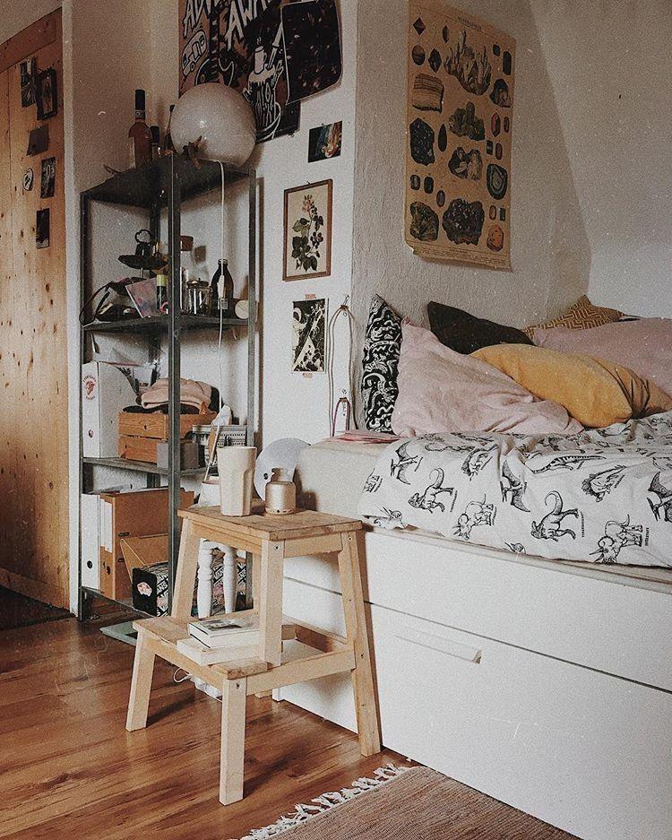 a19827703bf peaceful place. | #UOonCampus | Bedroom vintage, Home bedroom, Room ...