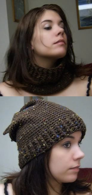 Cowl that converts into a hat.